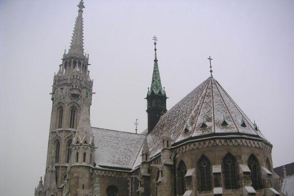 冬のマーチャーシュ教会
