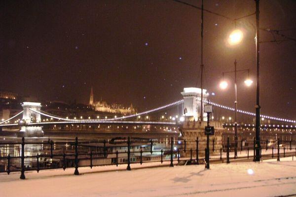 雪のブダペスト